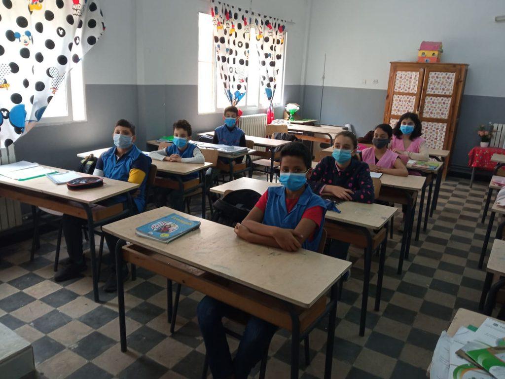 حملة تحسيسية توعوية على مستوى المدارس الإبتدائية لبلدية بئر توتة واستكمال البرنامج المسطر من طرف مؤسسة