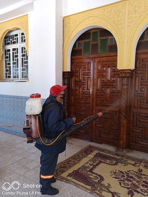 حملة تطهير وتعقيم واسعة شملت كل المقاطعات الإدارية لولاية الجزائر